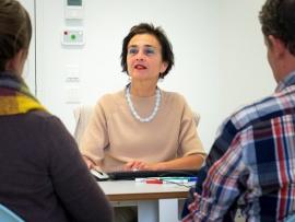 (Familiale) bemiddeling in het ziekenhuis - Veerle Van Gheluwe, UPC KU Leuven